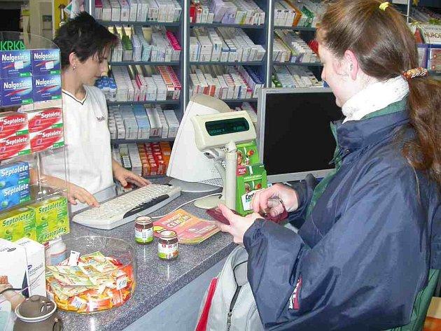 Obyvatelé tachovského regionu se obávají, že budou nuceni opět sáhnout hlouběji do svých peněženek. Strach mají z poplatků za recepty a návštěvy u lékaře.
