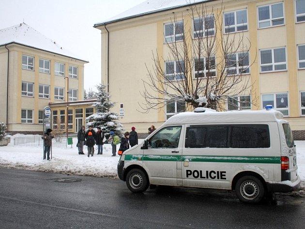 V borské škole se zastřelil její ředitel.