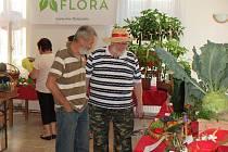 OSMNÁCT VYSTAVOVATELŮ se přihlásilo v Sulislavi do soutěže o nejlepší výpěstky domácích zahrádkářů