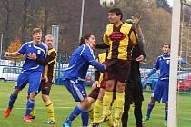 Fotbalová divize: Poslední zápas podzimu mezi FK Tachov a ZVVZ Milevsko skončil 1:0.