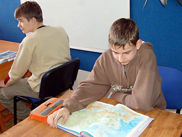 Zeměpisné soutěže se zúčastnil i čtrnáctiletý Marek Wager (na snímku) ze Základní školy v Zárečné ulici v Tachově.