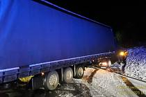 Nehoda na dálnici D5 nedaleko Kladrub.