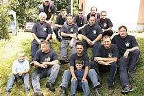 Členové Sboru dobrovolných hasičů Hošťka.