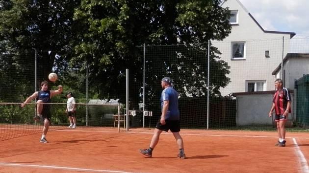 Nohejbalový turnaj ve Stříbře.