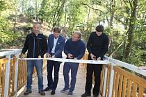 Ve Stříbře otevřeli novou lávku, která spojuje východní předměstí s centrem města.
