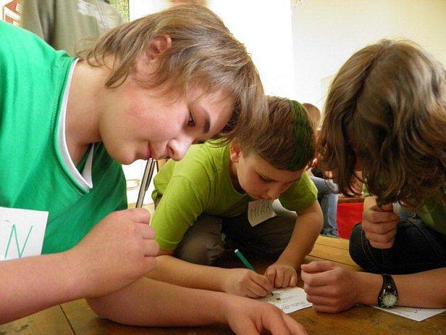 Plánská základní škola na náměstí se stala dějištěm školního kola soutěže Rubikon.