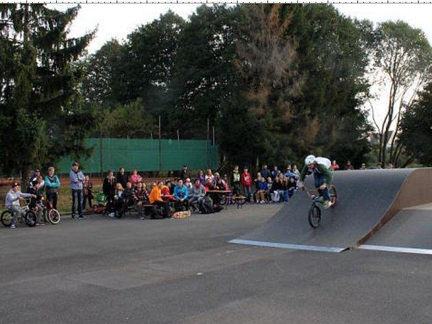REKONSTRUKCE se dočkali i plánští, kteří otevřeli nový skate park před několika měsíci.