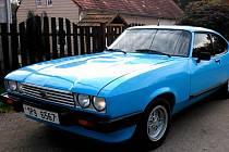 Po legendárním voze Ford Capri toužil František Hofmann z Čečkovic už od dětství.