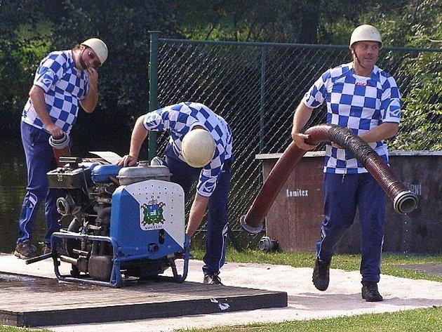Již 13. ročník požární soutěže O Putovní pohár města Stříbra se konal na stříbrské plovárně.