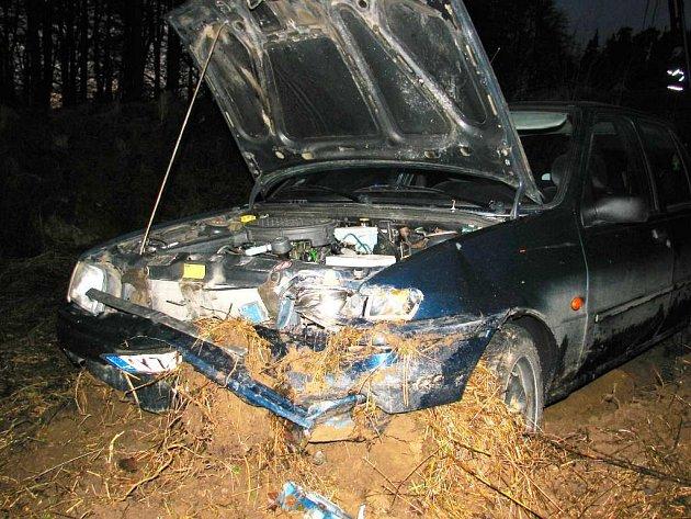 Dopravní nehoda se stala v pátek v podvečer na hlavním tahu z Plané do Boru.