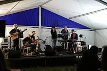 Country folkový festival ve Svojšíně.