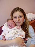 Petře Šustrové a Radku Třískovi z Boru u Tachova se 22. května třicet minut po třetí hodině ranní narodil ve FN v Plzni syn Radek (4,05 kg/52 cm). Doma se už svého brášky nemohou dočkat tři sourozenci – Eliška (9), Daneček (7) a šestiletá Lenka.