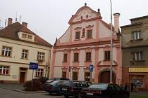 Měšťanský dům na plánském Náměstí Svobody se začne během měsíce rekonstruovat