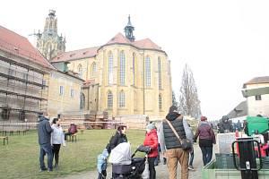 Svatomartinského festivalu v Kladrubech se zúčastnilo několik set lidí.