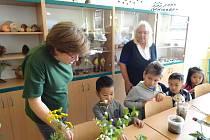Přimdskou školu navštívily děti zokolí.