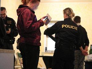 Z bezpečnostní akce Cizinecké policie Karlovarského kraje s názvem Matouš.