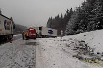 Nehoda kamionu na D5.