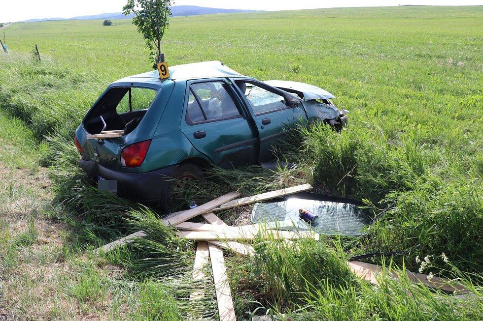 Dopravní nehoda u Tisové.