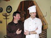 David Ryba představuje pivovar ve Stříbře a vypráví o vaření piva.