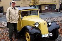 TATRA 57 z roku 1934 urazila na posledním letošním výletu 370 kilometrů. Za volantem seděl její majitel Jaroslav Hofmann z Čečkovic.