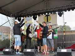 kapela Wyjou před dvěma lety vystoupila také v rámci Historických slavností.