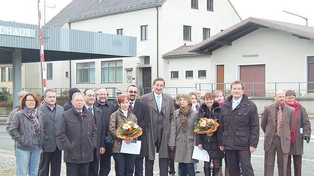 Zástupci české i německé strany se v sobotu sešli přímo na místě, které by mělo zůstat zachováno jako dokumentační centrum o historii společné hranice