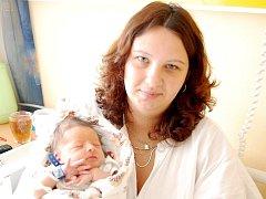 Tadeáš Holeček (3,33kg/48cm) se narodil mamince Monice Machanové z Dlouhého Újezdu v pátek 18. července v 18.15 hod. Tatínek Jiří Holeček byl přítomen u porodu a rodiče dopředu věděli o pohlaví dítěte.