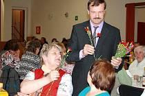 Setkání důchodců se konalo v pátek večer v Třemešném