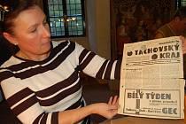Markéta Novotná z tachovského archivu přednášela v úterý v muzeu o novinách.