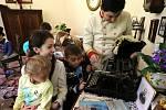 Děti mateřinky obdivovaly jízdárnu