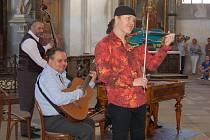 Pavel Šporcl vystoupil v klášterním kostele Nanebevzetí Panny Marie v Kladrubech v rámci Kladrubského hudebního léta.