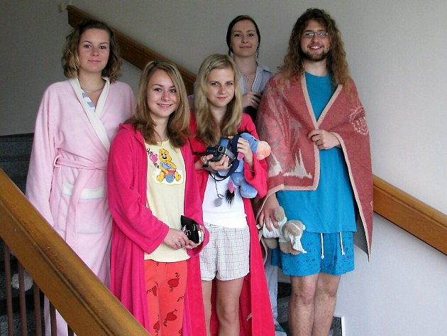 Gymnázium si na jeden den obléklo pyžamo