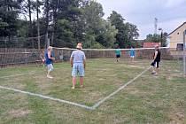 V Nedražicích uspořádali premiérový ročník badmintonového klání.