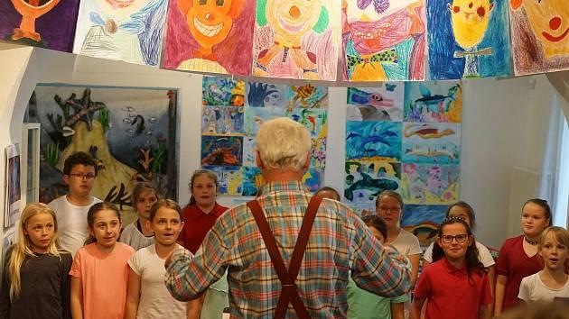 Na Základní umělecké škole v Tachově se uskutečnil druhý ročník ZUŠ Open.