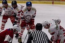 Hokejisté prodlužují sezonu. Zahrají si s Kaznějovem.