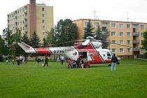 V kritickém stavu byl v pondělí v podvečer vrtulníkem převezen na urgentní příjem plzeňské Fakultní nemocnice asi padesátiletý muž.