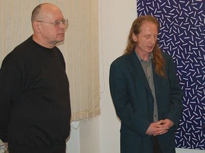 VÁCLAV SIKA A MARCEL FIŠER při čtvrteční vernisáži v tachovské galerii.