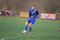 MAKSYM SAMEK vstřelil první gól Chodského Újezda v zápase proti Chodovu.