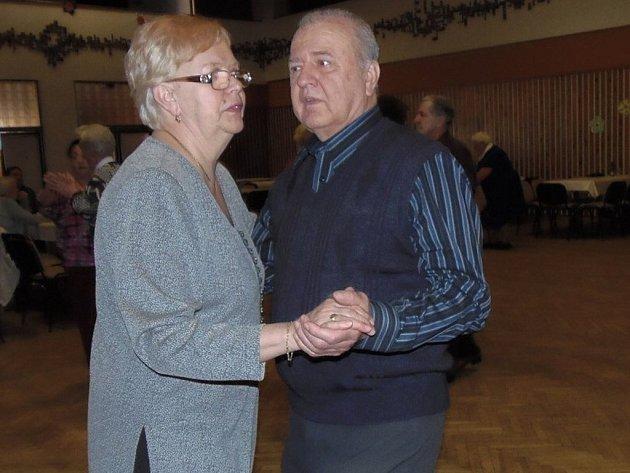 Stavovanka zahrála na tanečním odpoledni