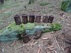 Nálezy v lese za Studánkou