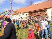V obci Halže se poprvé konala Keltská májka.