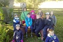 Děti ze školy v Lesné navštívily Arnoštovu leštírnu.