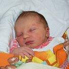 ELIŠKA Balinová z Tachova se v domažlické porodnici narodila v úterý 29. prosince ve 2.55 hodin mamince Marcele Ščasnárové a tatínkovi Petru Balinovi. Tatínek si narození očekávané dcerky nenechal ujít. Eliška vážila 4 kg a měřila 52 cm