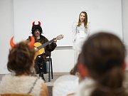 Na Základní škole Hornická v Tachově se uskutečnil Miss anděl a čert.