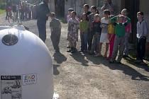 Stále více škol se zapojuje do třídění odpadů. Děti jsou touto formou vedeny k ekologickému přístupu.