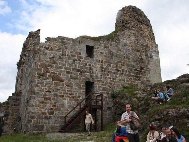 z otevření hradu Přimda