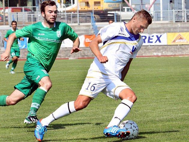 Hráči ústecké Army nedali šanci nováčkovi soutěže Vltavínu a vyhráli jasně 3:0.