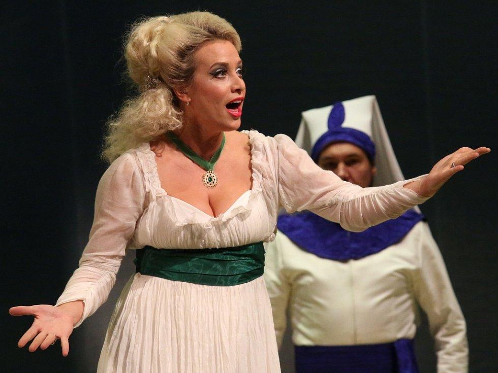 Tereza Mátlová v opeře Únos ze Serailu.