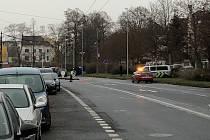 Střet auta s chodkyní v Masarykově ulici.