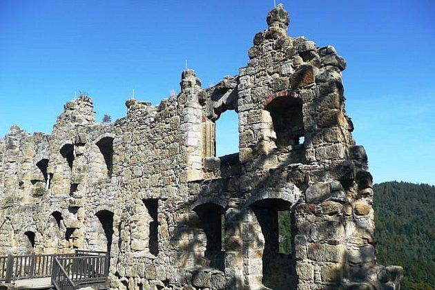 Zřícenina hradu a kláštera Oybin